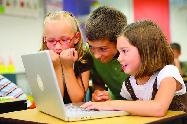 redes sociales, Las redes sociales y los niños