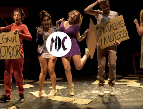 Los bancos regalan sandwicheras y chorizos en el Teatro Español