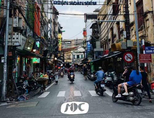 El street kid the Hanoi: «El gobierno nos enseña sobre política, no les importan las personas ni su forma de aprender»