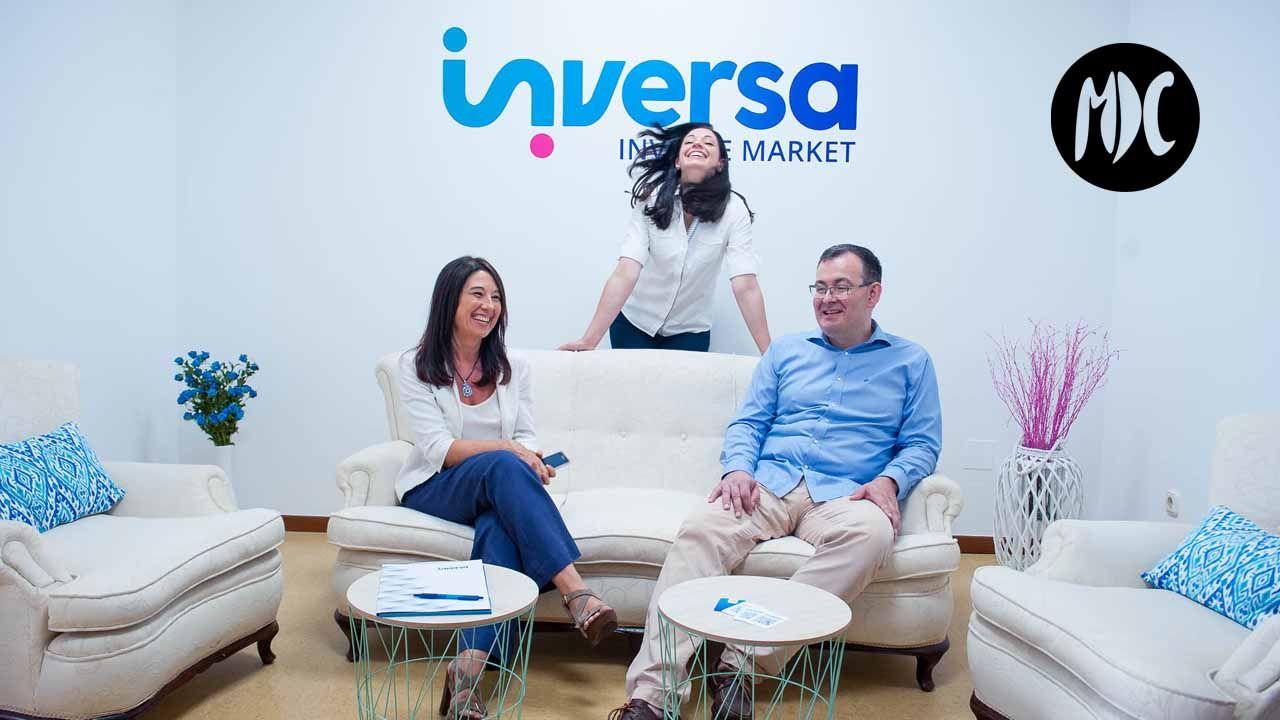 El equipo de Inversa en su sede en Ferrol.