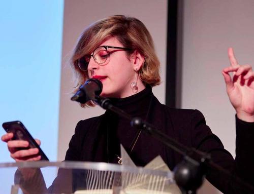 Elizabeth Duval, poesía, performance y activismo