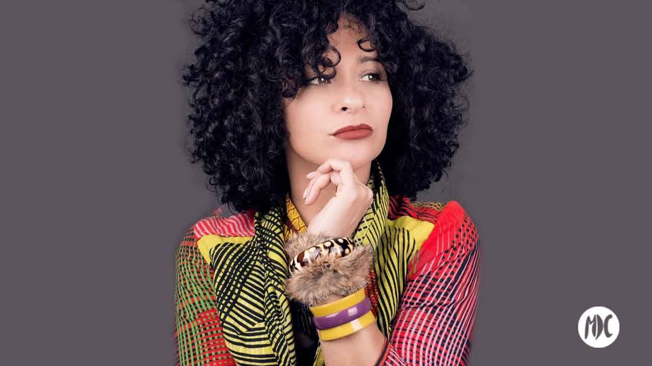 Nora Aguirre, escribe e interpreta La Madurez