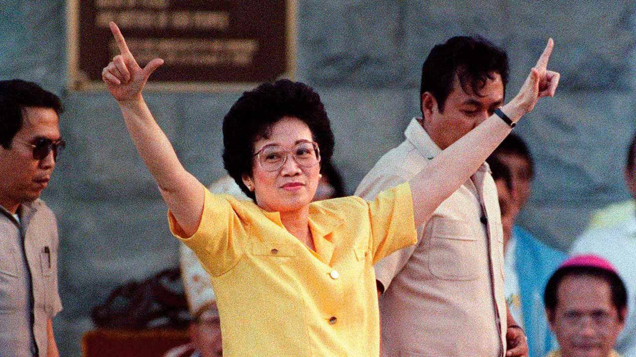 Cory Aquino gestos políticos