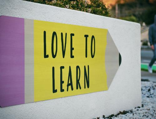 Crehana, la plataforma de aprendizaje pone a tu disposición cursos gratuitos