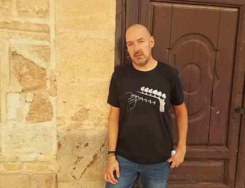 La sonrisa de la huida: supervivencia y música en la novela de Juan Álvarez López