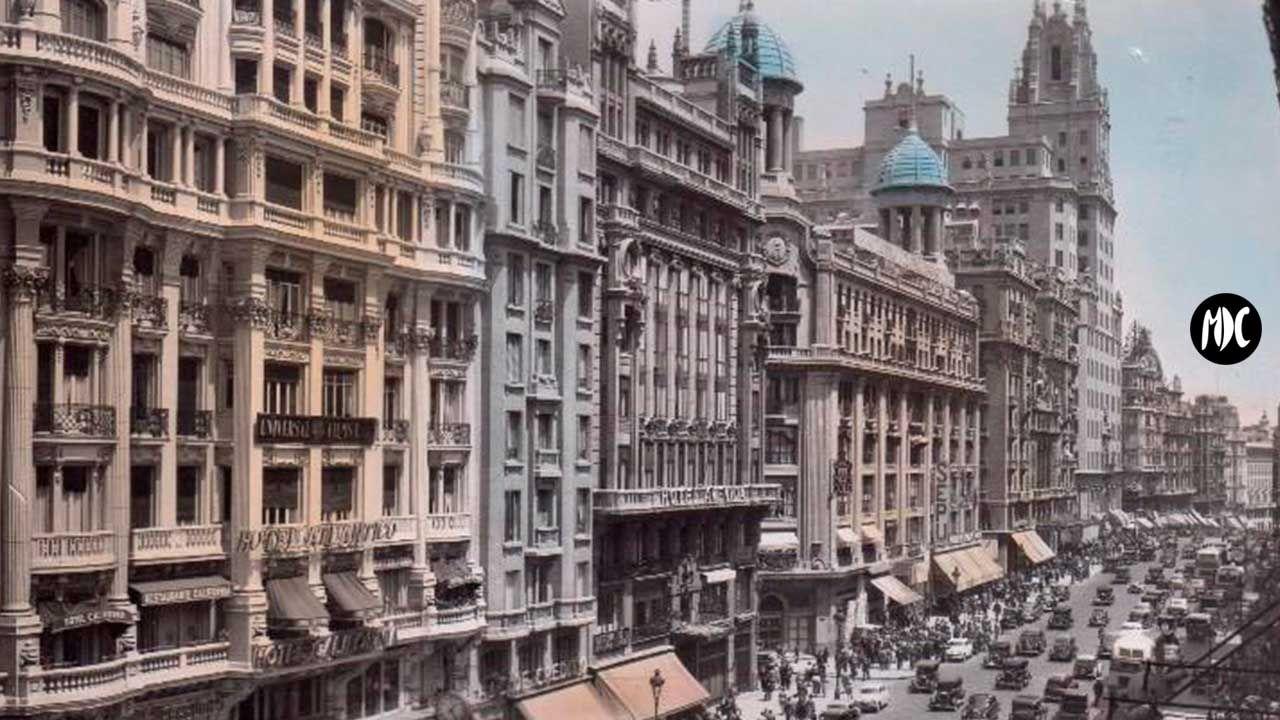 Vista del Teatro Fontalba y Gran Vía Madrid