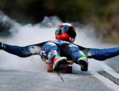 Street luge, la adrenalina de tumbarse a 100 km/h
